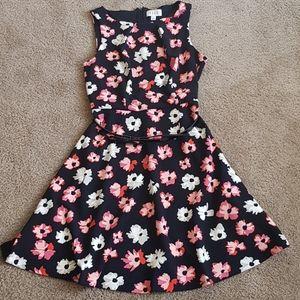Elle floral dress, size M